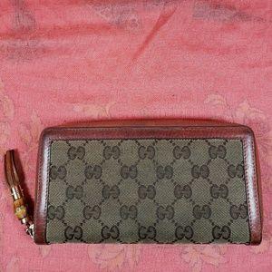 Authentic Gucci GG Monogram Wallet